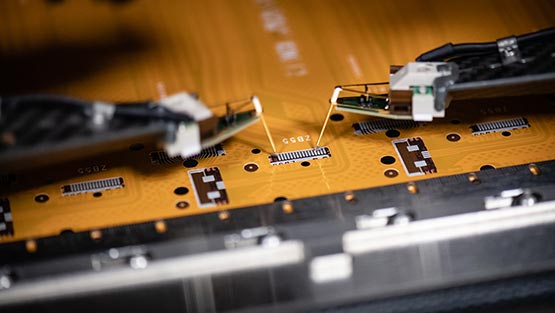 Réalisation d'un circuit imprimé, en action, made in Alsace